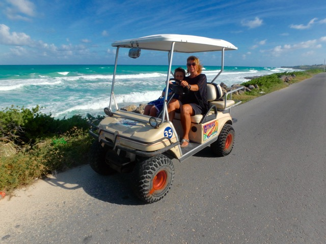 ZZ Ninja Kid: Planes, Trains, Autos & Boats #20 Golf Buggy, Isla Mujeres